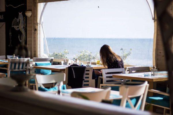 13 Best Restaurants in Manhattan Beach For Lunch